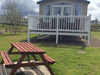 Luxury 6 berth Mobile Home - Seton Sands - Cockenzie vacation rentals
