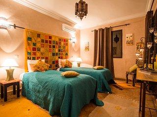 Ch. Lémon accès piscine int. chauffés et extérieur - Marrakech vacation rentals