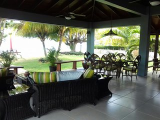 BEACHNUT : Luxury beachfront villa - Bengal vacation rentals