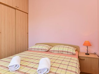 TH01282 Apartments Vukić / Double Room S2 - Vrsi vacation rentals