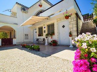 TH01296 Apartments Mira / Studio S2 - Vir vacation rentals