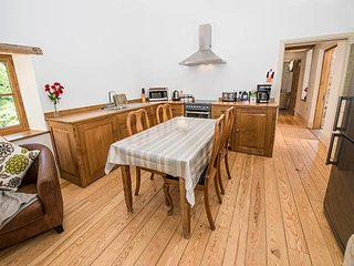 Lovely Saint Ouen vacation Cottage with Outdoor Dining Area - Saint Ouen vacation rentals