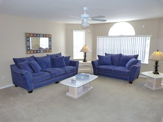 """""""The Great Florida Escape!"""" Near Disney, Low $$'s! - Kissimmee vacation rentals"""