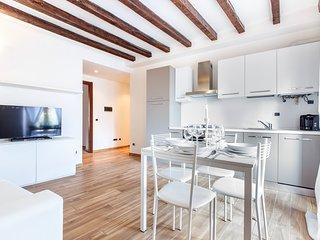 Suitelowcost - Pestalozzi Tortona - Milan vacation rentals
