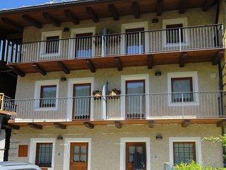 Casa vacanze autunno montagna sulle alpi - Sampeyre vacation rentals