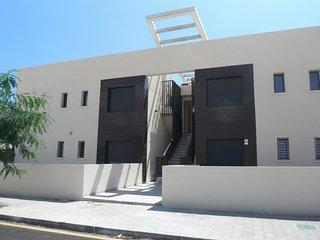 Luxury 2 bedroom, 2 bathroom first floor apartment - Pilar de la Horadada vacation rentals