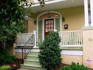 Quintessential New Orleans Classic in Mid-City - New Orleans vacation rentals