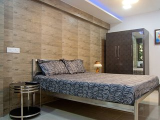 Private 1 Bed Apartment at Vashi Navi Mumbai - Navi Mumbai vacation rentals