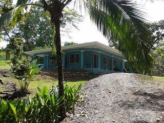CASA BELLA Bright and Contemporary Tropical Home - Manuel Antonio National Park vacation rentals