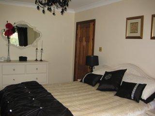 Radharc an Oileain B&B (Bedroom 2) - Dungloe vacation rentals