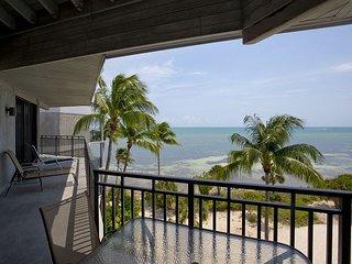 Ocean Extravaganza Premiere Penthouse C438 - Key West vacation rentals