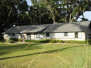 Fox Hideaway at Fox Grove Farm - Ocala vacation rentals