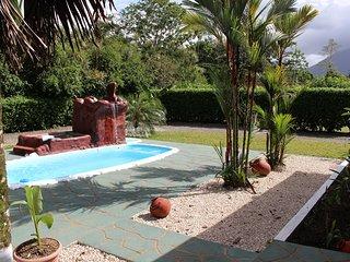 Fortuna's Best - Palm House - La Fortuna de San Carlos vacation rentals