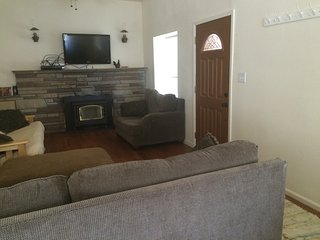 Perfect House with Internet Access and Wireless Internet - Reserve vacation rentals