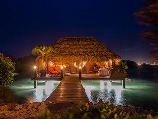 Ocean Front Beach Villa - TOMATS - Savaneta vacation rentals