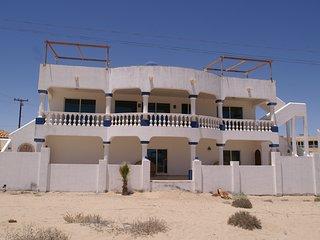 Bright 4 bedroom Puerto Penasco House with Internet Access - Puerto Penasco vacation rentals
