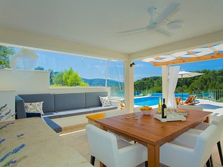 Perfect Condo with Internet Access and A/C - Vela Luka vacation rentals