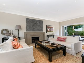 4 bedroom House with Internet Access in Bellevue Hill - Bellevue Hill vacation rentals