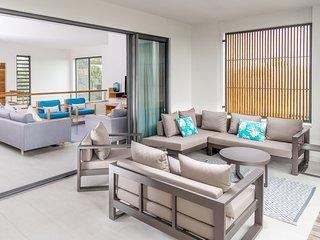 Carlos Bay 3 Bedrooms Penthouse by Dream Escapes - Tamarin vacation rentals