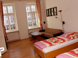 Nice 2 Room Appartement A - Berlin vacation rentals