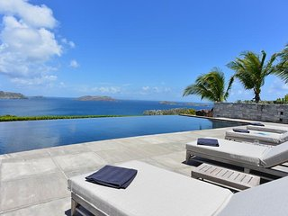 Perfect Villa with Internet Access and Television - Pointe Milou vacation rentals