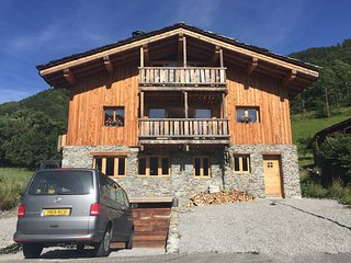 THE VALLEY HOUSE  - Newly Finished Apartment. - Bourg Saint Maurice vacation rentals