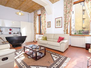 Beautiful and sunny nest in Trastevere's hearth - Rome vacation rentals