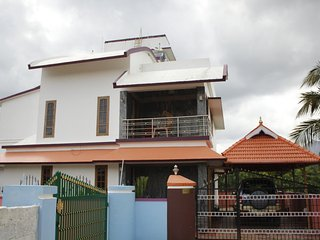 Nice Villa with Television and Water Views - Palghat vacation rentals