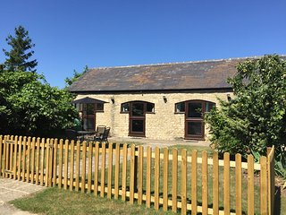 Coverted Stables on the edge of the Cotswolds - Cassington vacation rentals