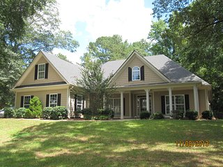 Peachtree City/Pinewood Studios Home - Tyrone vacation rentals