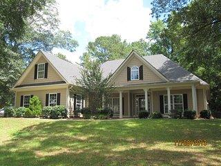 Peachtree City/Pinewood Studios Home - Tyrone vacation rentals