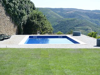 Luxury House set in it's own Vineyard! - Sabrosa vacation rentals