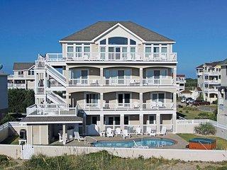 Bright 8 bedroom House in Avon - Avon vacation rentals