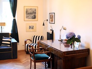 Bright 2 bedroom Apartment in Krakow with Washing Machine - Krakow vacation rentals