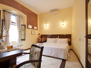 Historic Centre,nearby Pelourinho-ROOM Comfort - Salvador vacation rentals