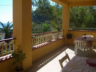 3 bedroom Apartment with Washing Machine in Brucoli - Brucoli vacation rentals
