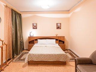 Balaram Apartments на Фрунзе 63 - Novosibirsk vacation rentals