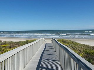 Grand Caribbean 1003, beachfront 2 bedrm condo - Port Aransas vacation rentals
