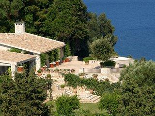 Charming 9 bedroom Villa in Perama - Perama vacation rentals