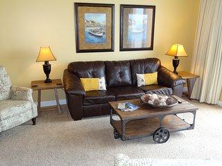 Splash 2 bedroom Penthouse Unit.  Beautiful Views! - Panama City Beach vacation rentals