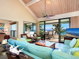 Unit 04 Ocean Front Prime Deluxe 2 Bedroom Condo - Lahaina vacation rentals