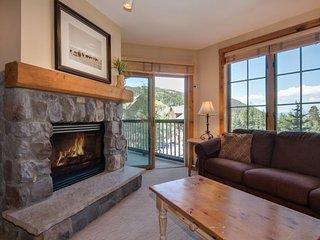 Dakota Lodge 8481 - Updated appliances, new carpet, king bed! - Keystone vacation rentals