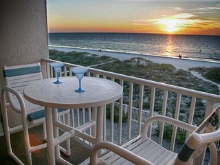 Beachfront 2br, 2 Bath condo-Directly on Beach! Beautiful Views Of The Gulf! - Indian Rocks Beach vacation rentals