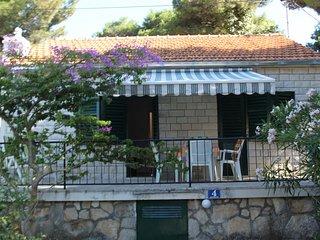 Villa Dragan H(4+1) - Splitska - Splitska vacation rentals