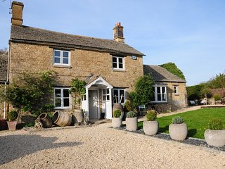 Moonstone located in Chipping Norton, Oxfordshire - Chipping Norton vacation rentals