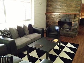 Gorgeous Home with Office work space - Loganholme vacation rentals