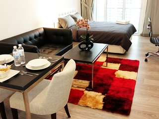30 SECS to THE BEST of KL CITY CENTRE - Kuala Lumpur vacation rentals