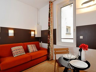 S02415 - Studio 2 personnes Montorgueil - Paris vacation rentals