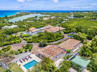 LA BELLA CASA... one of the largest villas on the island, bring the whole family! - Terres Basses vacation rentals