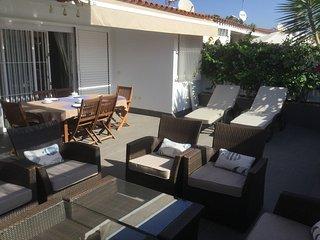 2 bedroom Bungalow with Internet Access in Maspalomas - Maspalomas vacation rentals